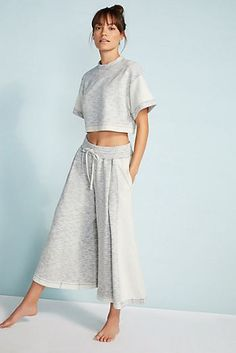 Free People Movement Go Gabby Set Free People Movement Go Gabby Set & Workout Outfit Ideas The post Free People Movement Go Gabby Set & Klamotten appeared first on Free . Yoga Fashion, Fashion Outfits, Women's Yoga Outfits, Workout Outfits, Emo Outfits, Punk Fashion, Lolita Fashion, Fashion Clothes, Fashion Boots