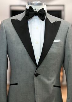 Men's suit ..Wear this on http://www.mensusa.com/  $000