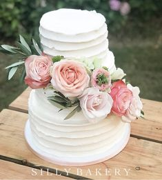Pastel Wedding Cakes, Pastel Flowers, Bakery Cakes, Vanilla Cake, Table Decorations, Desserts, Painting, Tailgate Desserts, Deserts