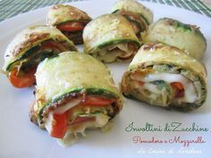 Involtini di Zucchine Pomodoro e Mozzarella Vegetable Recipes, Vegetarian Recipes, Healthy Recipes, Antipasto, Baby Food Vegetables, Baby Food Recipes, Cooking Recipes, Good Food, Yummy Food