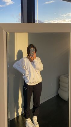 Lazy Outfits, Cute Comfy Outfits, Pretty Outfits, Cool Outfits, Fashion Outfits, Looks Pinterest, Winter Fits, Aesthetic Clothes, Outfit Of The Day