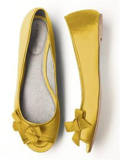 hmm... possible shoe?  @Emily Mecum and @Shelly Beeson, what do you think? ($30)