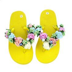 Flip Flops Γυναικεία σανδάλια 2017 Νέο στυλ μόδας Γυναικεία δροσερά μαλακά εξωτερικά παντόφλες Pantufa Γυναικεία παπούτσια Plus Size 35-40 Free Ship Flip Flops, Plus Size, Shoes, Women, Fashion, Fuzzy Slippers, Sandals, Moda, Zapatos