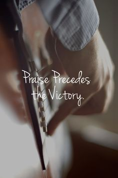 """Praise precedes the victory. """"We can all sing and give God praise when we're on the mountaintop. But God wants us to learn to give Him praise when we're in the valley"""" (spiritualinspiration). Weekender, Guitar Photography, My Sun And Stars, Praise And Worship, Sound Of Music, Simple Pleasures, Belle Photo, My Heart, Singing"""