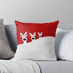 Youve just a discovered a custom made pillow cover from W. Decorations Christmas, Reindeer Decorations, Christmas Pillow, Christmas Crafts, Christmas Ornaments, Christmas Cushions To Make, Etsy Christmas, Wool Applique, How To Make Pillows