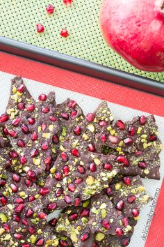 a rich dark chocolate bursting with sweet pomegranate arils & crunchy pistachios. 3 ingredients. super easy. deliciously festive. perfect for the holidays