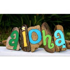 So creative for hawaiian themed room
