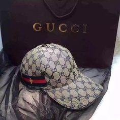 Gucci Baseball Hat - Gucci Hats - Ideas of Gucci Hats - Gucci Baseball Hat Baseball Cap Outfit, Baseball Helmet, Baseball Players, Nike Air Max 90s, Gucci Hat, Gucci Brand, Cotton Hat, Dior Couture, Cute Hats