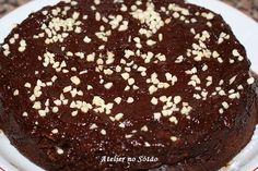 Este bolo de chocolate é feito em 8 minutos no microondas e é um dos melhores bolos de chocolate que alguma vez provei. So...
