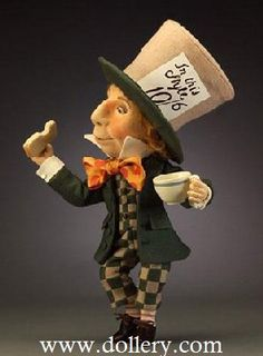 """*THE MAD HATTER ~ R. John Wright ~ 2008, Limited Edition 500, Felt, 16"""" (40.5cm)"""