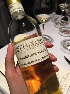 http://vino.tv/it/degustazione-alla-cieca-anzi-al-buio/