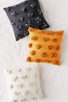 Tabby Tufted Throw Pillow <br> Woven throw pillow in a textured weave with tonal tufted poms allover for a whimsically bohemian look and cozy feel. polyester fill \- Spot clean \- Imported **Size** \- Dimensions: x Diy Throws, Boho Throw Pillows, Diy Pillows, Pillow Ideas, Floor Pillows, Diy Pillow Covers, Fall Pillows, Duvet Covers, Best Pillow