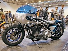 0812_hbkp_04_z+custom_harley_motorcycles+nose_cone