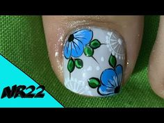 Toe Nail Art, Toe Nails, Merry Christmas Gif, Manicure, Flower Nail Designs, Cute Animal Photos, Flower Nails, Lily, Videos