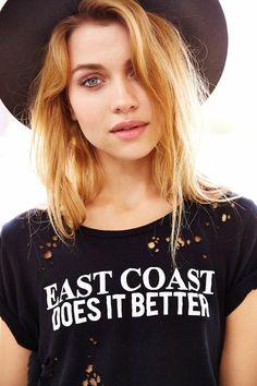 Black Moon Coast-To-Coast Destroyed Tee https://poshatplay.wordpress.com/2015/07/26/summer-style-west-coast-vs-east-coast/
