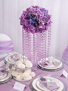 pretty centerpiece, love the bead idea and its cheap!!!