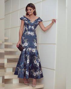 753.9 mil seguidores, 1,040 seguindo, 5,161 publicações - Veja as fotos e vídeos do Instagram de Blog Trend Alert (@arianecanovas) Cute Dresses, Beautiful Dresses, Casual Dresses, Short Dresses, Fashion Dresses, Prom Dresses, Summer Dresses, Formal Dresses, Indian Designer Wear