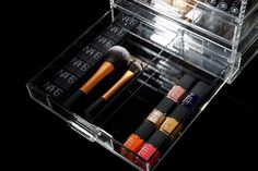 The slide dividers for the Glamourcube mini acrylic makeup storage! Good Makeup Storage, Acrylic Makeup Storage, Makeup Organization, Perfume Tray, Mini Makeup, Makeup Yourself, Best Makeup Products, Pairs, Dividers