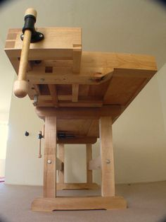 Workbench Designs, Woodworking Workbench, Woodworking Projects Diy, Fine Woodworking, Workbench Vise, Cardboard Furniture, Kid Furniture, Furniture Design, Craftsman Workbench
