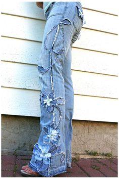 Diy Jeans, Jeans Refashion, Diy Lace On Jeans, Women's Jeans, Denim And Lace, Denim Fashion, Boho Fashion, Punk Fashion, Lolita Fashion