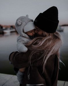 Cute Little Baby, Mom And Baby, Little Babies, Cute Babies, Baby Boy, Cute Family, Baby Family, Baby Tumblr, Future Mom