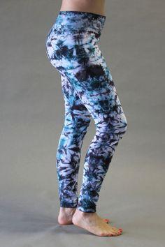 Organic Cotton Yoga Legging – Turquoise/Black Tie-dye