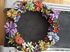 Pine Cone Art, Pine Cone Crafts, Wreath Crafts, Diy Wreath, Flower Crafts, Pine Cones, Fun Crafts, Diy And Crafts, Wreath Ideas