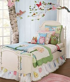 Oh, if I had a room like this for my precious granddaughter maybe she'd visit Nana often!!