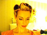 victory rolls-- LOVE THESE