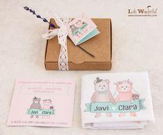 Lola Wonderful_Blog: Invitaciones de boda - Cajita regalo - Pañuelo. La invitación de perfecta emoción