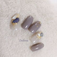 Fancy Nails, Bling Nails, Love Nails, How To Do Nails, Pretty Nails, Holiday Nails, Christmas Nails, Uñas Color Cafe, Neutral Nail Art