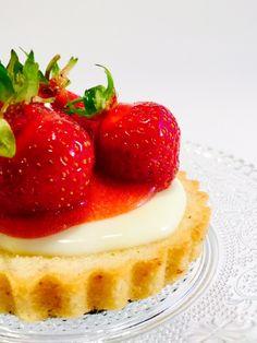 Erdbeertörtchen - Bakeaholic