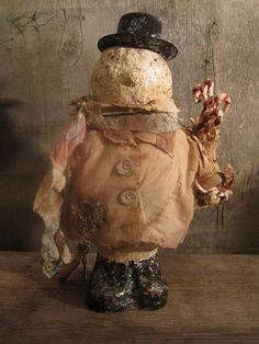 primitive-celluclay-snowman-dressed-in