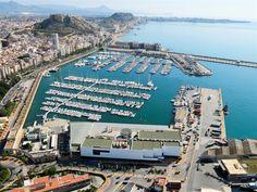 El paseo y Puerto - Alicante