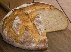 Tsoureki Recipe, Sourdough Bread, How To Make Bread, Greek Recipes, Soul Food, Breakfast Recipes, Food And Drink, Artisan, Cooking Recipes
