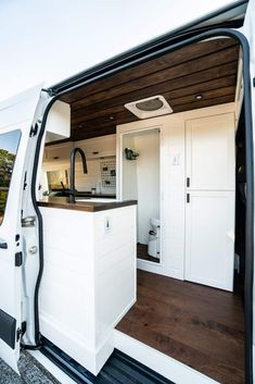 Get a tour of our 2019 170 WB Sprinter van build (incuding a full bathroom!), plus learn our van conversion cost, mistakes we made, and products we used! Van Conversion Interior, Sprinter Van Conversion, Camper Van Conversion Diy, Van Interior, Van Conversion With Bathroom, Van Conversion Walls, Diy Van Camper, Ford Transit Camper Conversion, Van Conversion Build