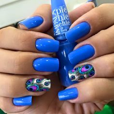 Pedicure Azul Turquesa Ideas For 2019 Diy Nail Designs, Colorful Nail Designs, Peacock Nails, Sassy Nails, Nail Polish Art, Pedicure Nail Art, Stylish Nails, Accent Nails, Creative Nails