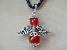 Zauberhaftes Engel-Amulett von Erzengel Uriel aus Edelsteinen mit Perlkappen in Antiksilber-Optik.  Symbolik: Inspiration, Kreativität, Mut