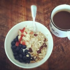 Breakfast: Fage 0%, granola, blueberries, some nectarine, and agave nectar with coffee and almond milk!