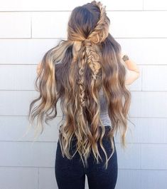 Are you looking for Bohemian Boho Hairstyles Ideas for Long Hair 2018? See our collection full of Bohemian Boho Hairstyles Ideas for Long Hair 2018 and get inspired!