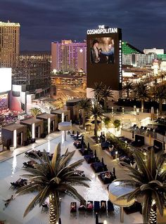 Stay Cool This Summer with Unique Culinary, Daylife and Entertainment Experiences at The Pool District at The Cosmopolitan Of Las Vegas