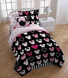 Disney Minnie Mouse Reversible Full Mini Comforter Set w/Sham - The Best New Sales - Luxury Furniture and Appliances   The Best New Sales - Luxury Furniture and Appliances