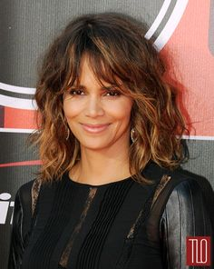 Halle-Berry-2015-ESPYS-Red-Carpet-Fashion-Teresa-Helbig-Tom-Lorenzo-Site-TLO (4)