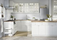 BODBYN Door, off-white, cm. BODBYN door has a frame and a bevelled panel that give it a distinct, traditional character. Creamy off-white brings a bright, warm touch to your kitchen. Ikea Savedal, Ikea Bodbyn Kitchen, Kitchen Backsplash, Kitchen Cabinets, Kitchen Modular, Cuisines Design, Beautiful Kitchens, Layout Design, Design Ideas