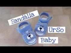 Crochet Lovely Baby Sandals - We Love Crochet Crochet Baby Boots, Crochet Baby Sandals, Crochet Bebe, Booties Crochet, Crochet Shoes, Crochet Slippers, Love Crochet, Baby Booties, Crochet Headband Pattern