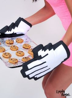 Our inner geek can't help but love these oven mitts!