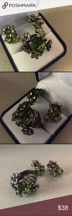 Vintage style green Quartz set Beautiful vintage style green Quartz pendant stamped 925 rhodium over silver wearable art gorgeous statement ring size 8'5 faceted stones earrings are over 1/2' long pierce sparkle face width is 15x11mm gemstone size is 4x3mm  artisan handcrafted NWOT Jewelry Rings