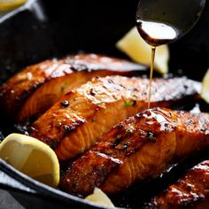 Browned Butter Honey Garlic Salmon! Crispy and caramelised Salmon steaks with only 3 ingredients in under 15 minutes!