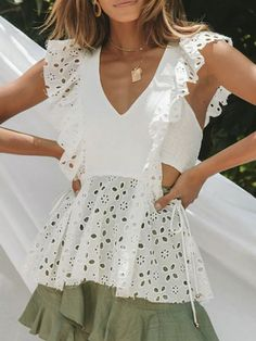 Elegant V Neck Sleeveless Ruffled Hollow Out Belted Splicing Blouse – ebuytide Blouse Styles, Blouse Designs, Floral Print Maxi Dress, Summer Dress Outfits, Summer Blouses, Blouse Outfit, Blouses For Women, V Neck, Elegant