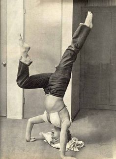 Marilyn doing a headstand with a bent leg. Respect!